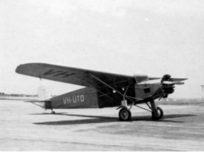 This F.XI is a museumaircraft in Australia. It is a rememberance of the fact that MacRobertson Miller Airlines started his activities with another Fokker, the Universal