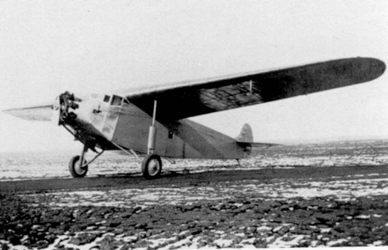 The Fokker F.XIV Freighter in his first single engine design. Because of the financial depression this aircraft was without succes