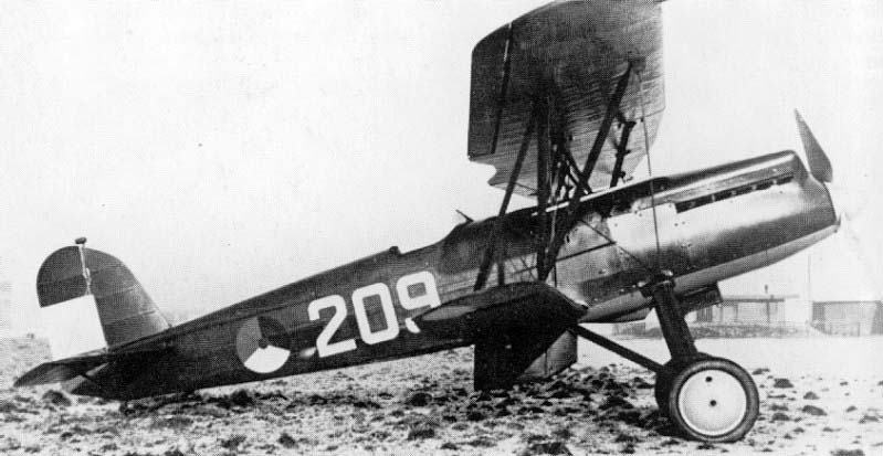 Fokker D.17 prototype with Curtiss-Conqueror engine