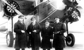 Captain Iwan Smirnoff, Co-pilot Piet Soer, Flight engineer Sjef Grosveld and Radio Operator Cees van Beukering, flying the Fokker F-XVIII 'Pelican'