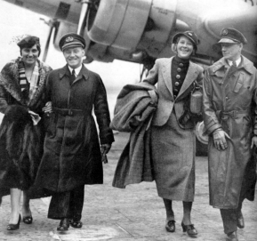 Unique photo at Mildenhall, Rie and Koene Parmentier and Jeanne and Jan Moll, just before departure